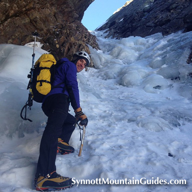 Mr Lee styling up Pinnacle Gully on a beautiful early-season day.